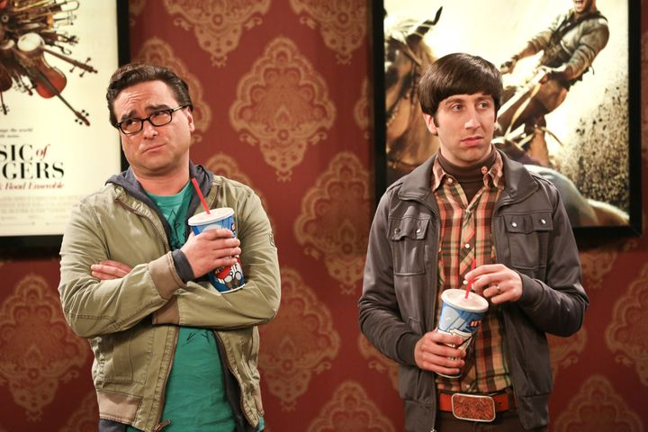 "Simon Helberg, right, asHoward Wolowitz on ""The Big Bang Theory."""