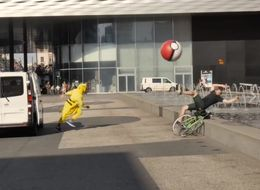 People In Pikachu Onesies Are Running Around Trying To Catch 'Pokemon Go' Players