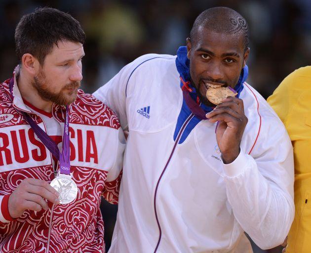 1+1=2:Judoka Alexander Mikhaylin (next to France's Teddy
