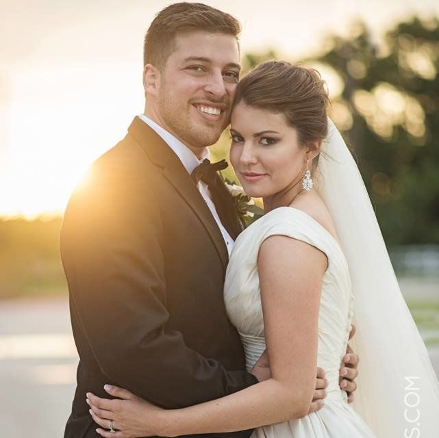 """""""In college, I found thatthe less serious you were as a dancer, the more fun you and the people around you had. So Ifound my niche doing enthusiastic and interpretive dances to whatever song came on,"""" the groom said."""