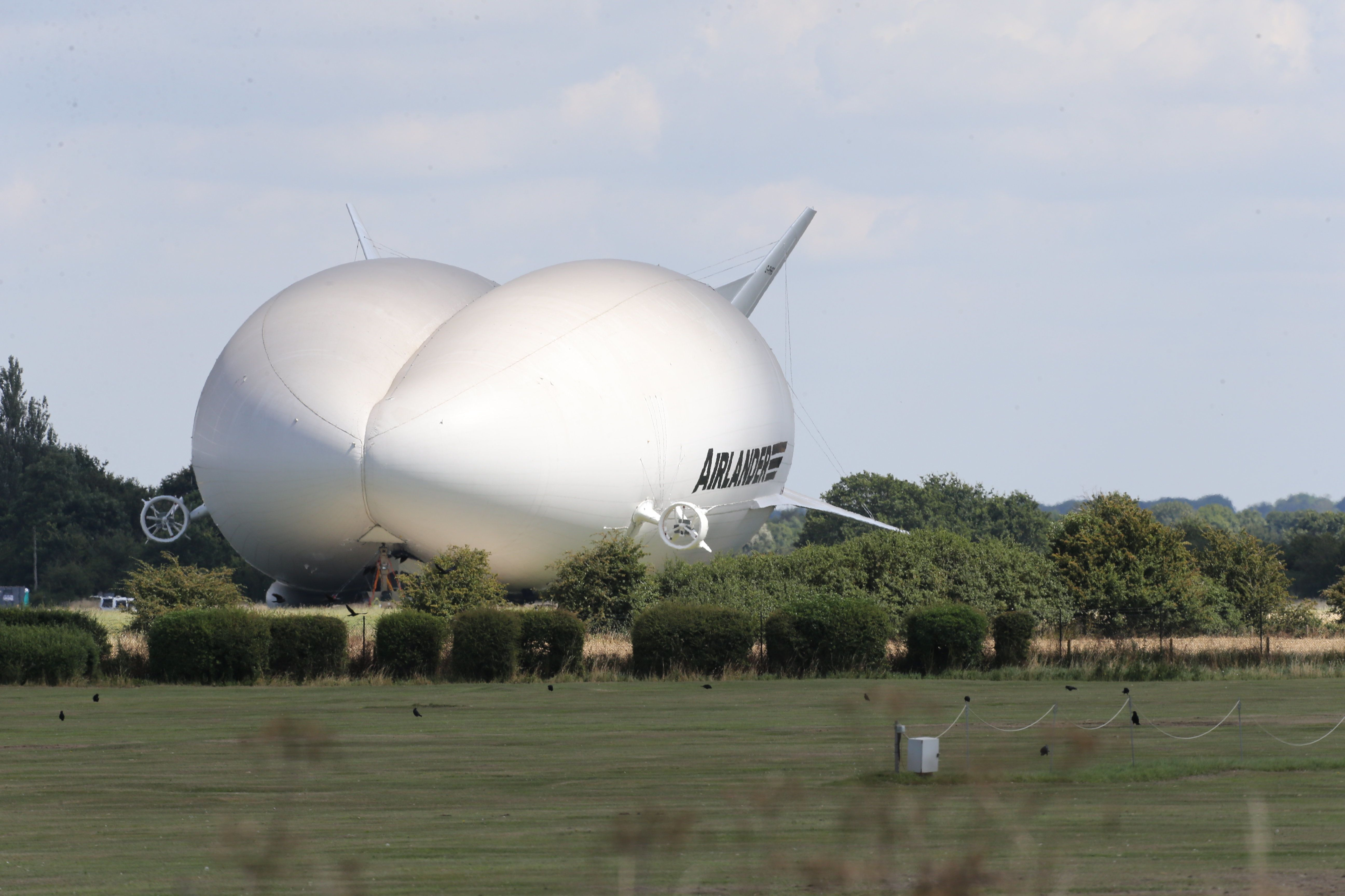 Airlander 10, World's Longest Aircraft, Nicknamed The 'Flying