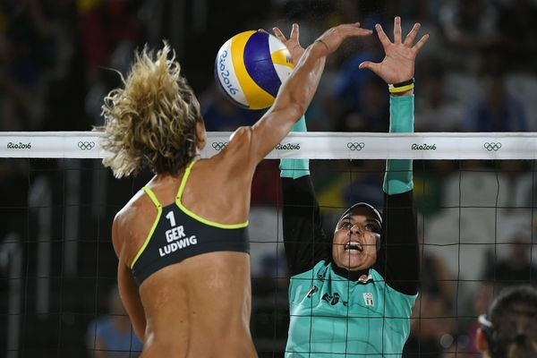 Germany's Laura Ludwig vies with Elghobashy.