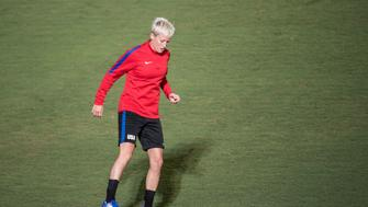 US female football player Megan Rapinoe trains for the Olympic Games Rio 2016 at the SESC-MG training centre, in Belo Horizonte, Brazil on August 2, 2016.  / AFP / GUSTAVO ANDRADE        (Photo credit should read GUSTAVO ANDRADE/AFP/Getty Images)