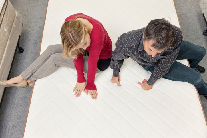 Selecting amattress that suits your needs can be quite challenging to you and your partner.