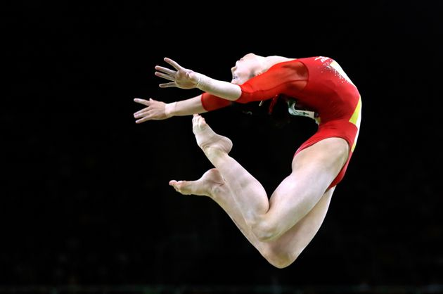 A gymnasticsjudge would probably take a .10 deduction off this