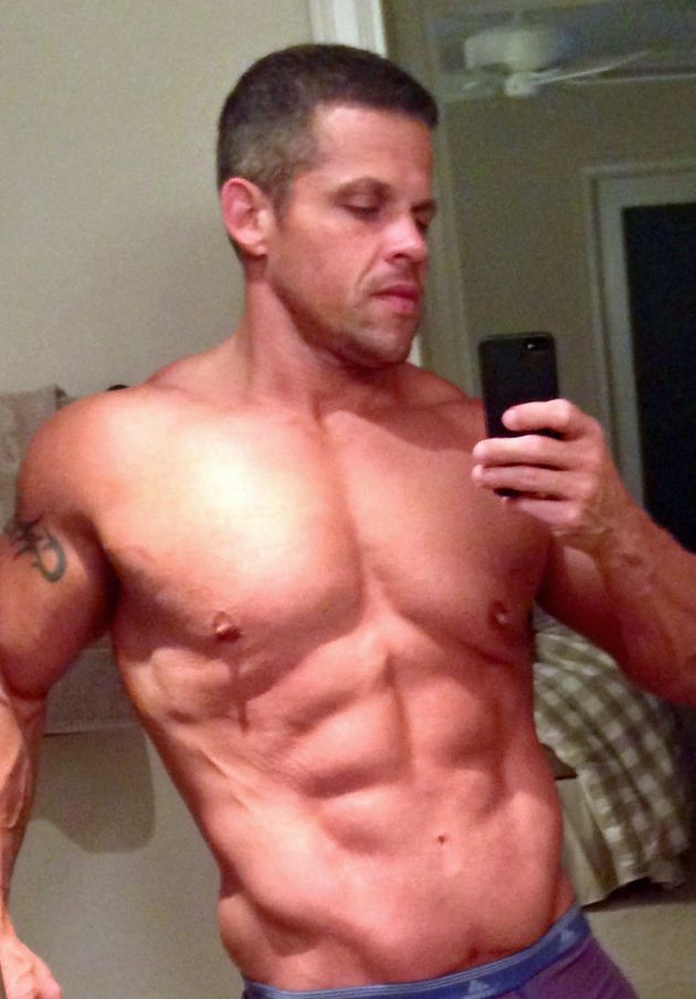 Man Loses Half His Body Weight By Ditching 15,000-Calorie Diet And Undergoes Amazing Body