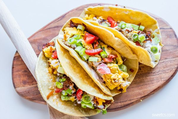 "<strong>Get the <a href=""http://sweetcsdesigns.com/spicy-egg-chorizo-breakfast-tacos/"" target=""_blank"">Spicy Egg Chorizo Brea"