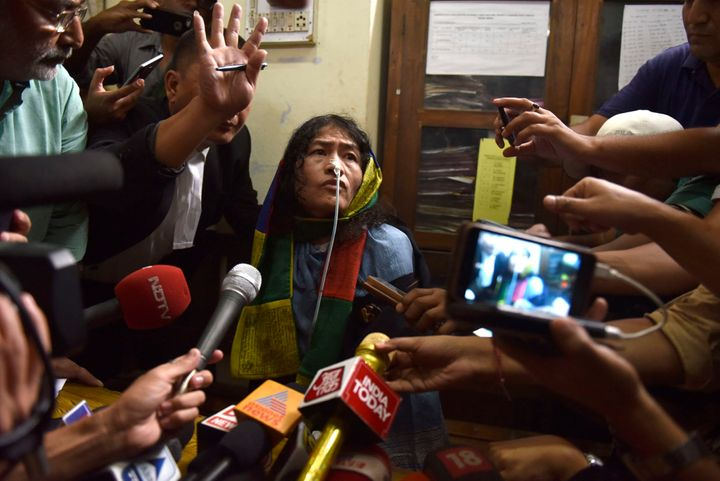 Human rights activist Irom Sharmila addressing press as she was brought to the Cheirap court on August 9.
