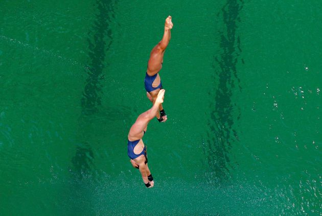 Rio Olympics 2016: Diving Pool Turns Green And Everyone Is Asking: 'Why Is The Pool