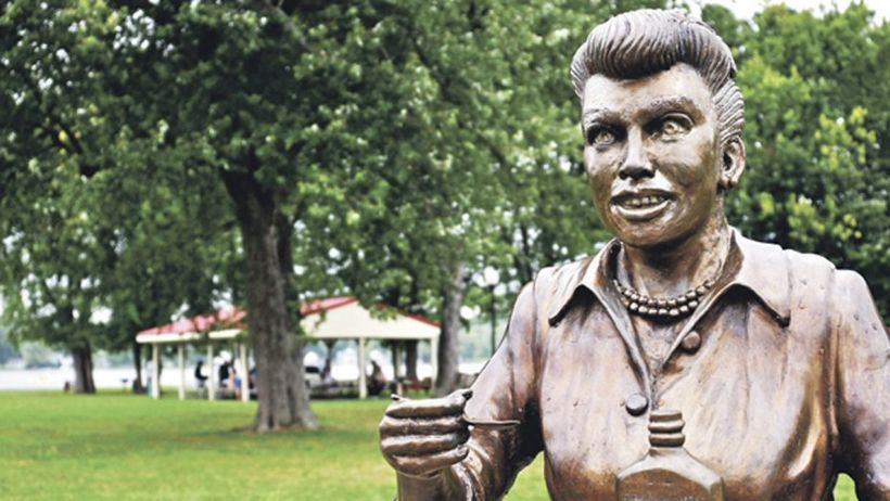 """""""Scary Lucy"""" will be replaced by a new statue that resembles Lucille Ball.&nbsp;<br>"""