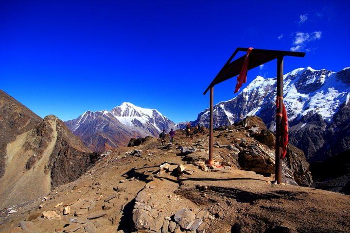 The summit, Junargali, the highest point of Roopkund trek!