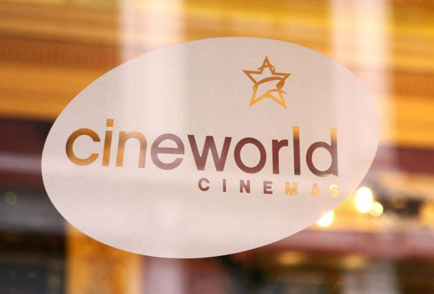 Single Mum Refused Cineworld 'Family Meal Deal' Because She 'Wasn't A