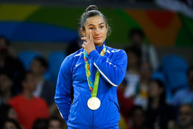 Kosovo's Majlinda Kelmendi won her country's first ever gold