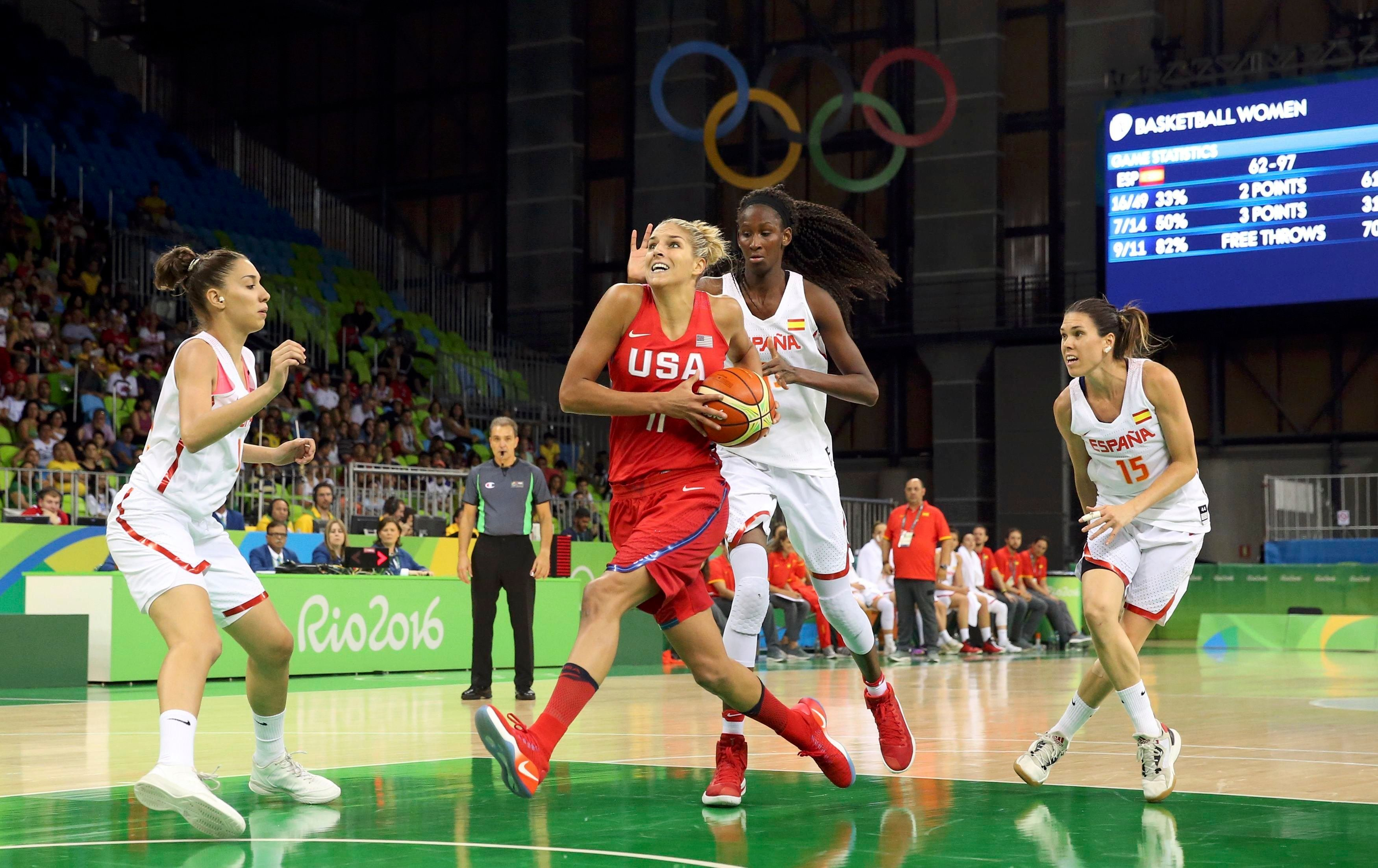 2016 Rio Olympics - Basketball - Preliminary - Women's Preliminary Round Group B Spain v USA - Youth Arena -  Rio de Janeiro, Brazil - 08/08/2016 - Marta Xargay (ESP) of Spain, Elena Delle Donne (USA) of USA, Astou Ndour Gueye (ESP) of Spain and Anna Cruz (ESP) of Spain (R) compete. REUTERS/Shannon Stapleton  FOR EDITORIAL USE ONLY. NOT FOR SALE FOR MARKETING OR ADVERTISING CAMPAIGNS.