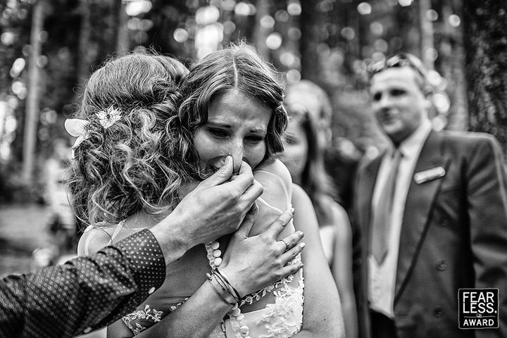 """This photo, shot byPetr Wagenknecht,just received a <a href=""""http://www.fearlessphotographers.com/best-wedding-ph"""