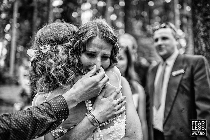 "This photo, shot by&nbsp;Petr Wagenknecht,&nbsp;just received a <a href=""http://www.fearlessphotographers.com/best-wedding-photography-galleries.cfm?galleryID=53&amp;galleryPicID=8036"" target=""_blank"">Fearless Award</a>.&nbsp;"