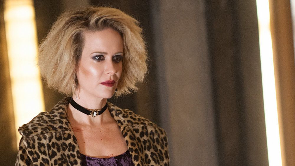 """AMERICAN HORROR STORY -- """"Checking In"""" Episode 501 (Airs Wednesday, October 7, 10:00 pm/ep) Pictured: Sarah Paulson as Sally. CR: Suzanne Tenner/FX"""