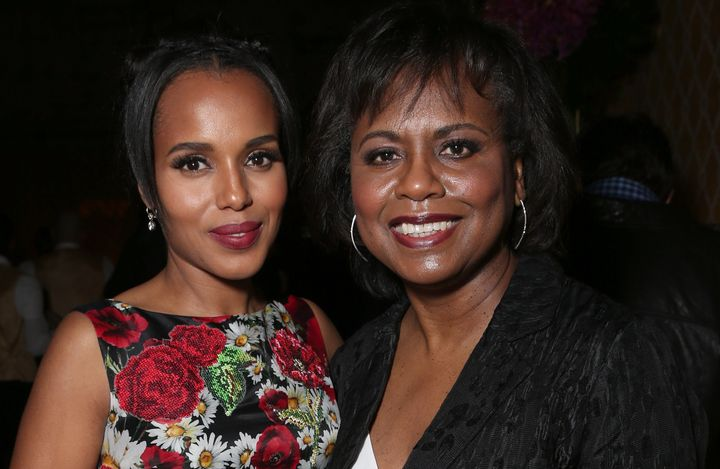 """Anita Hill (R) with actress Kerry Washington (L) who played Hill in HBO's recent film """"Confirmation."""""""