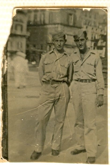 Clem Dowler (left) with fellow B-17 crew member Regis Carney in wartime London