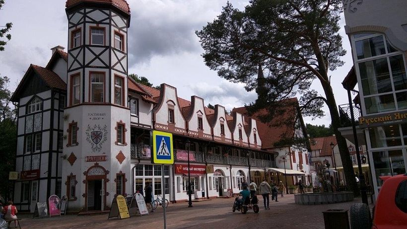 Picturesque shops and hotels in Svetlogorsk attract tourists year round
