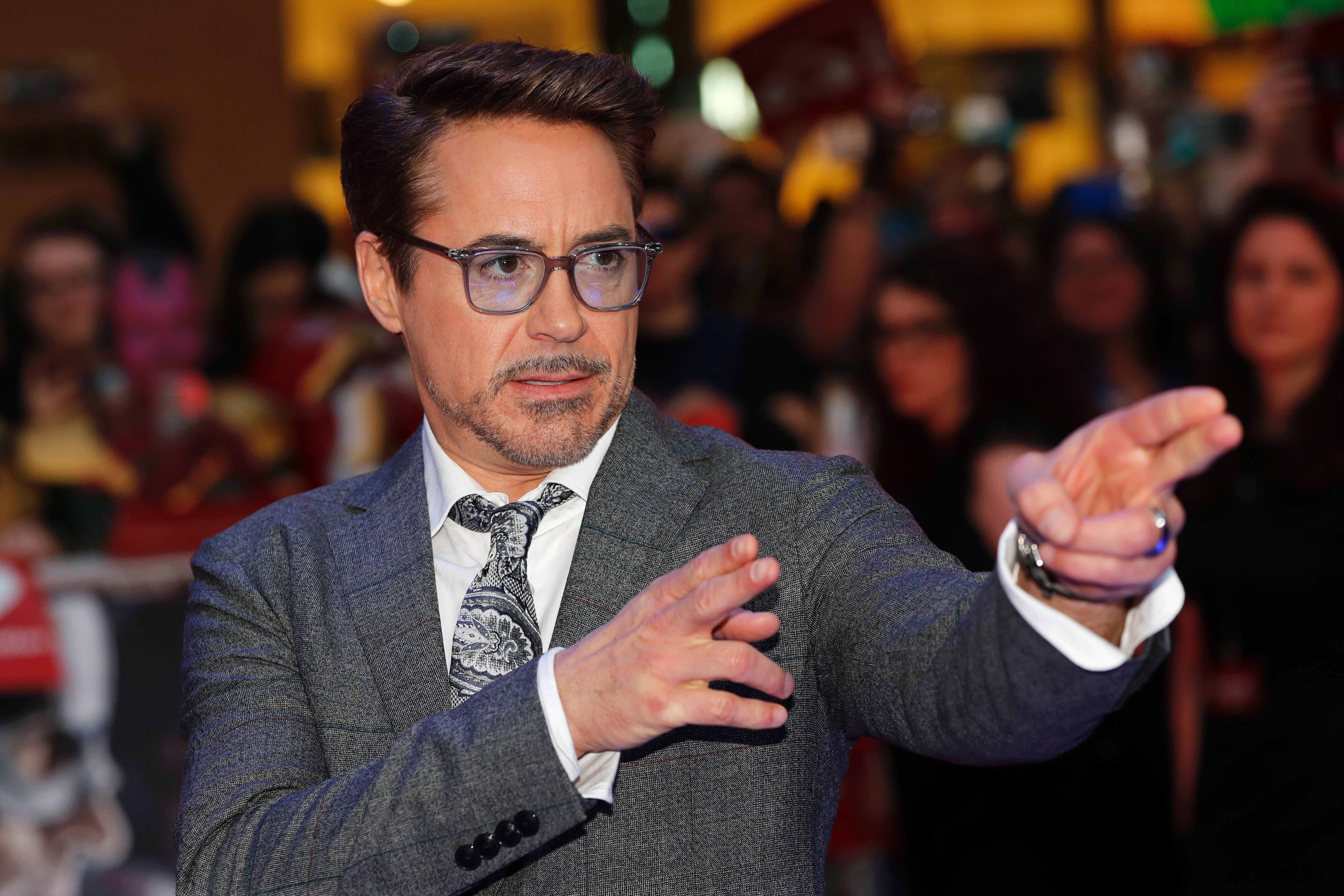 US actor Robert Downey Jr. poses on the red carpet arriving for the European Premiere of the film Captain America: Civil War in London on April 26, 2016 / AFP / ADRIAN DENNIS        (Photo credit should read ADRIAN DENNIS/AFP/Getty Images)