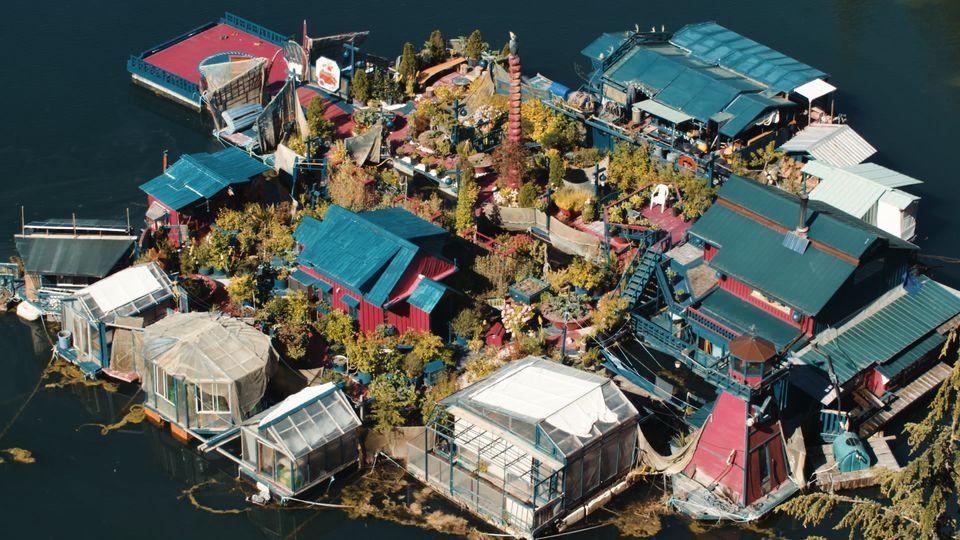 ArtistsCatherine King and Wayne Adams built Freedom Cove, their whimsical island home off the coast...