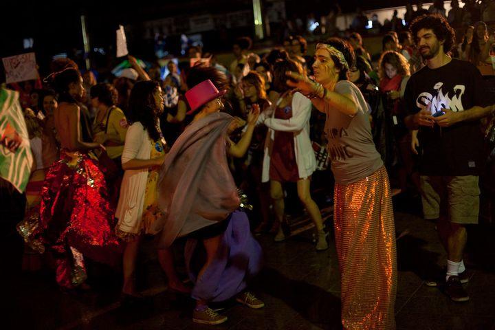 Ocupa MinC revelers danceat an alternative opening ceremonyatCanecãoinRio de Janeiroon Aug. 4, the night before the Olympicopening ceremony.