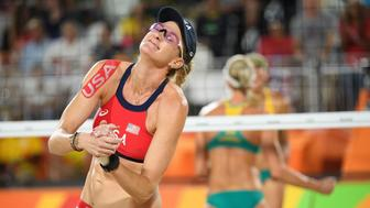 USA's Kerri Walsh Jennings reacts to a lost point during the women's beach volleyball quarter-final match between the USA and Australia at the Beach Volley Arena in Rio de Janeiro on August 15, 2016, for the Rio 2016 Olympic Games. / AFP / Leon NEAL        (Photo credit should read LEON NEAL/AFP/Getty Images)