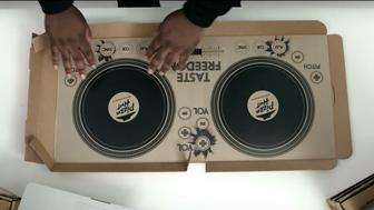 Pizza Hut is giving away five fully-functional DJ pizza boxes at UK restaurants.