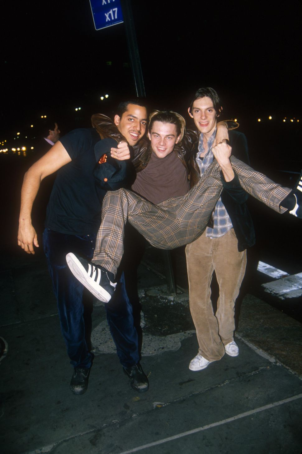 Leonardo DiCaprio goofing around in New York City with David Blaine and Lukas Haas, in 1995.