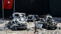 Two Car Bombs Kill At Least 7 And Wound Hundreds In Southeast