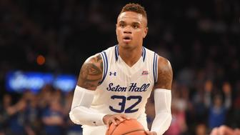 NEW YORK, NY - MARCH 10:  Derrick Gordon #32 of the Seton Hall Pirates takes a foul shot during a quarterfinal game of the Big East College Basketball Tournament against the Creighton Bluejays at Madison Square Garden on March 10, 2016 in New York, New York.  The Pirates won 81-73.  (Photo by Mitchell Layton/Getty Images)