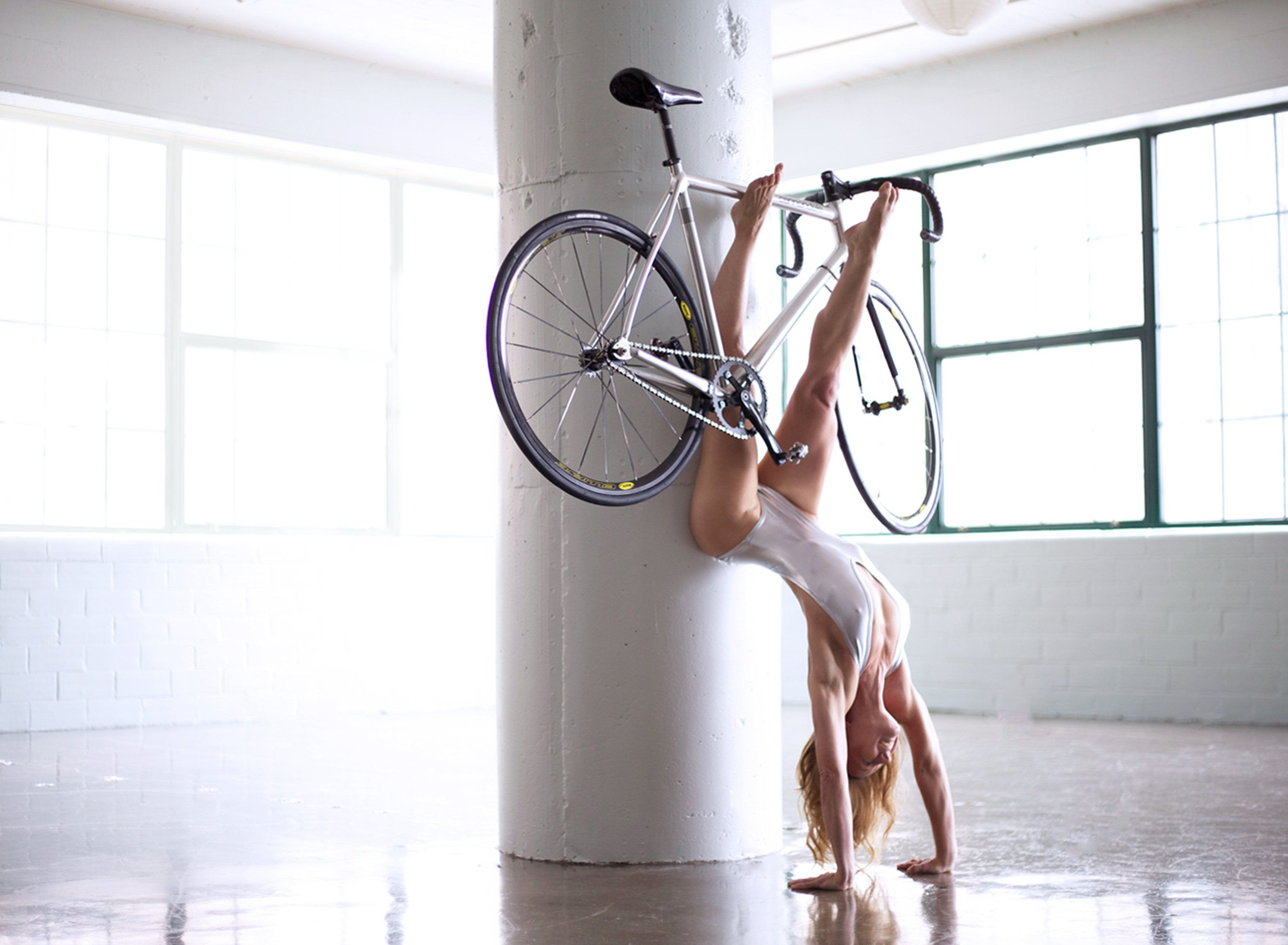 Meet The 'YoGoGirls': Best Friends Fuse Cycling And Yoga In Breathtaking