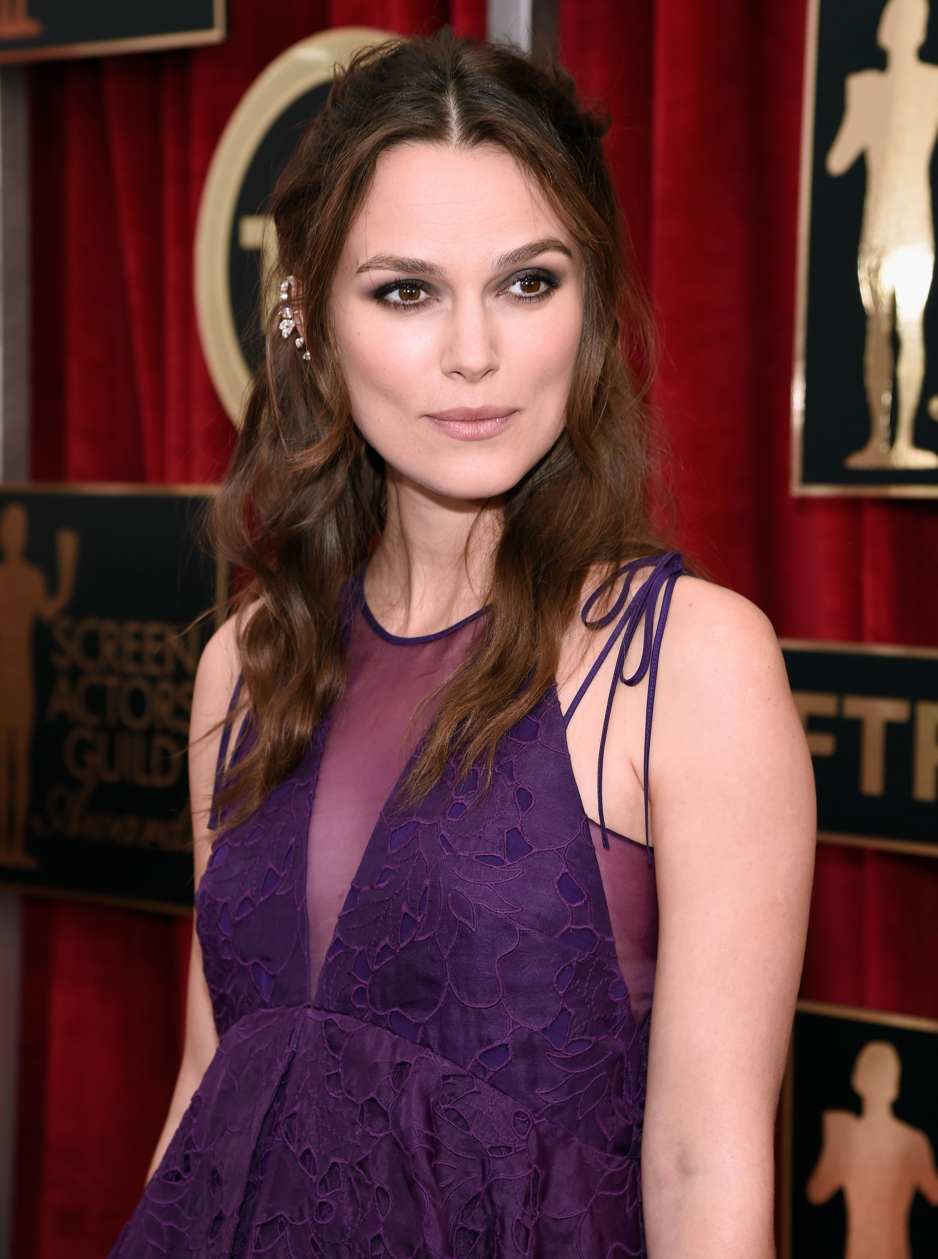 LOS ANGELES, CA - JANUARY 25:  Keira Knightly attends TNT's 21st Annual Screen Actors Guild Awards at The Shrine Auditorium on January 25, 2015 in Los Angeles, California. 25184_016  (Photo by Kevin Mazur/WireImage)
