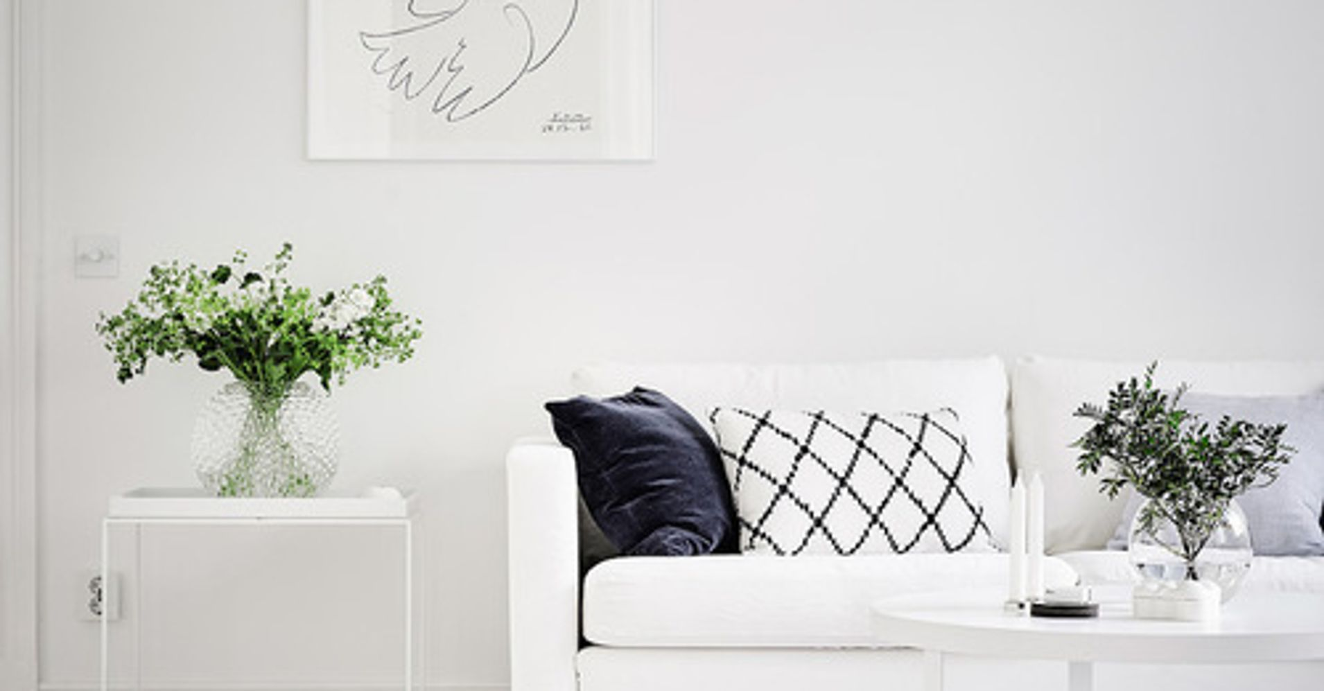 8 home decor tricks to brighten a dark room huffpost life