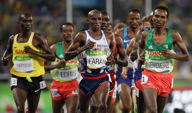 Farah pictured neck-and-neck with Ethiopia'sDejen