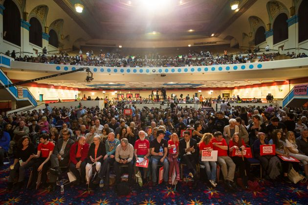 Thousands of Jeremy Corbyn supporters gather in north London on Sunday