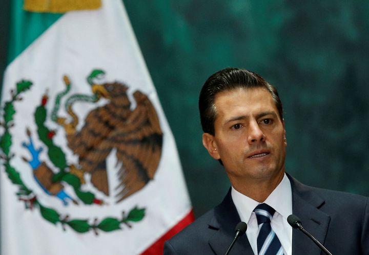 One of Mexico's leading investigative journalists has accused President Enrique Pena Nieto of plagiarizing his undergraduate