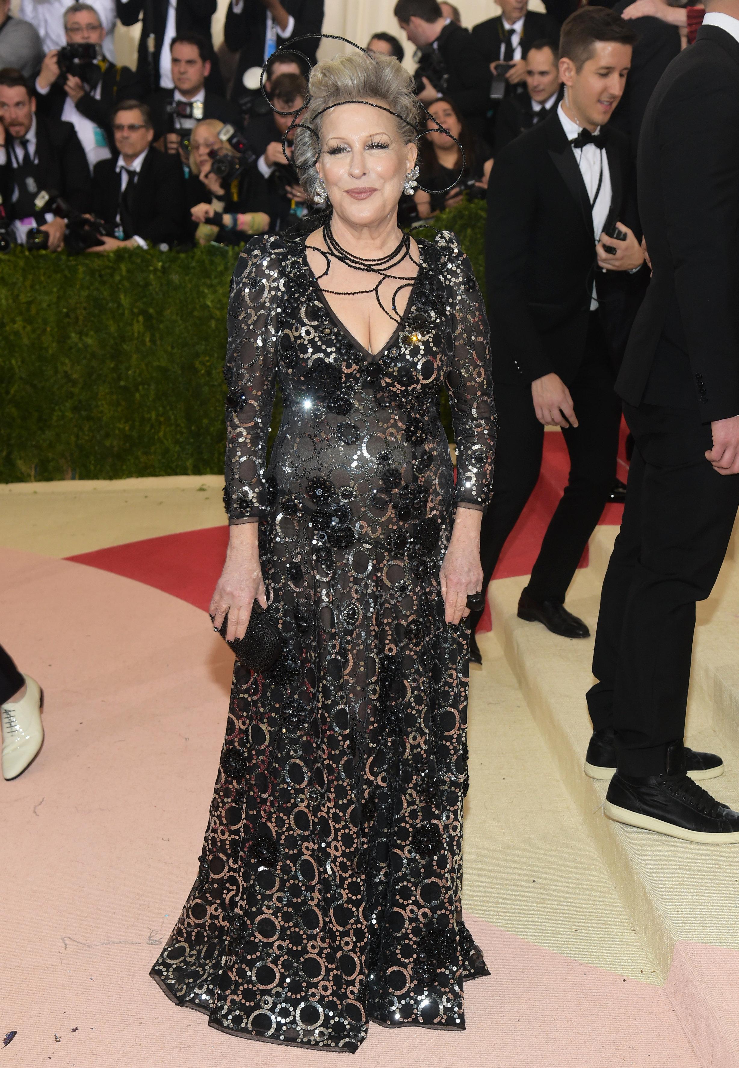 Bette Midler Apologises For 'Transphobic' Caitlyn Jenner