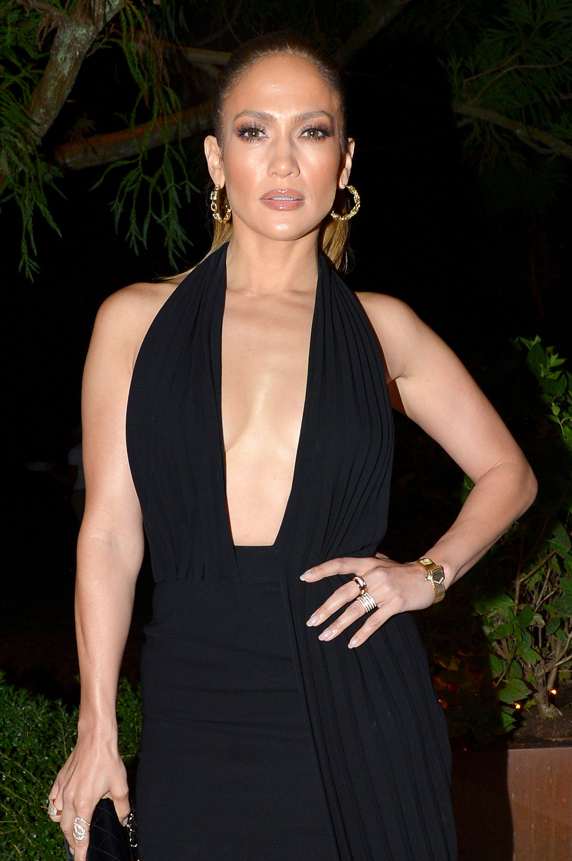 EAST HAMPTON, NY - AUGUST 20:  Jennifer Lopez attends the Apollo in the Hamptons 2016 party at The Creeks on August 20, 2016 in East Hampton, New York.  (Photo by Patrick McMullan/Patrick McMullan via Getty Images)