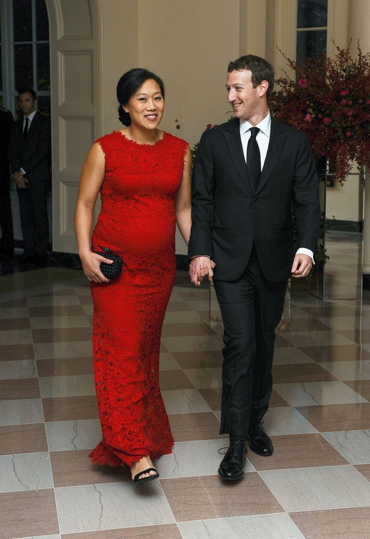 Mark Zuckerberg, Chairman and CEO of Facebook, and his wife Priscilla Chan arrive for the official State dinner for Chinese P