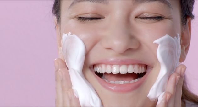Japanese Face Wash 'Kanebo Evita Beauty Whip' Dispenses Perfect Foam
