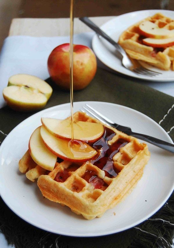 "<strong>Get the <a href=""http://www.10thkitchen.com/2012/11/apple-cheddar-and-prosciutto-waffles/"">Apple, Cheddar and Prosciu"