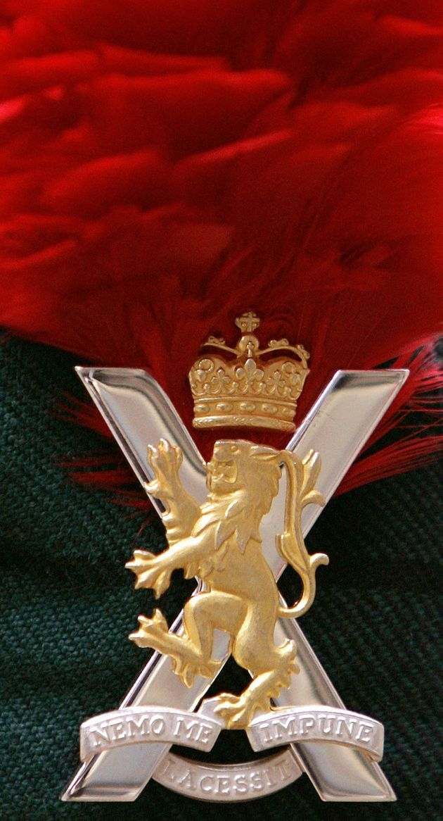 A cap badge for the Royal Regiment of