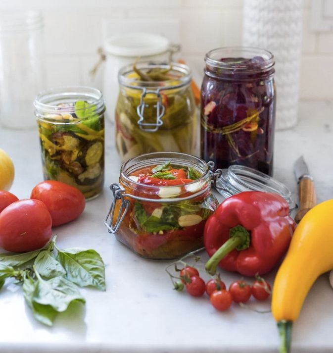 Vegetables preserved in olive oil.