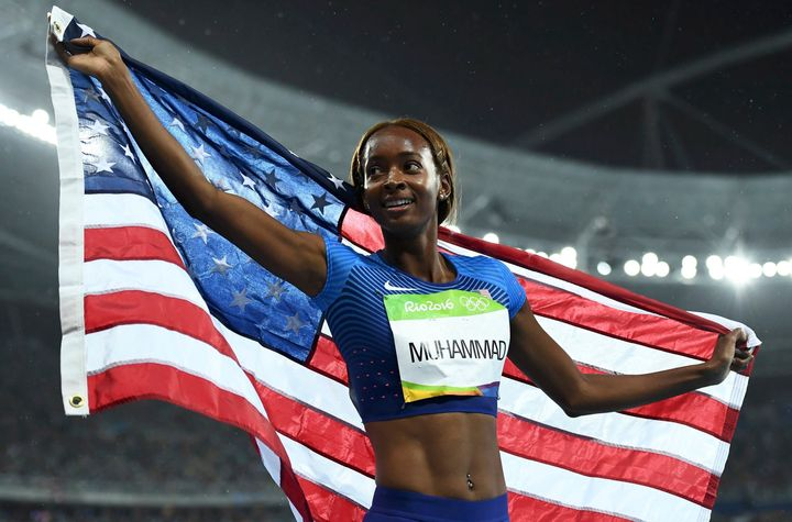 Dalilah Muhammad (USA) of USA celebrates winning gold on 18/08/2016.