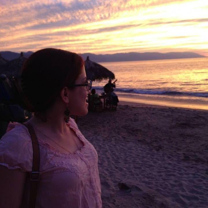 <p><em>Laurita in Puerto Vallarta, México in November 2014.</em></p>
