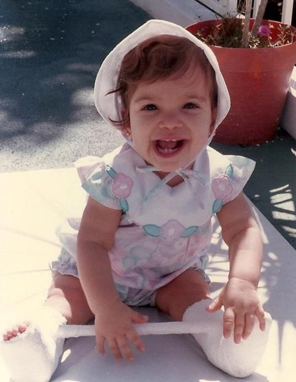 <p><em>Laurita around 18 months, when she lived in Puerto Rico.</em></p>