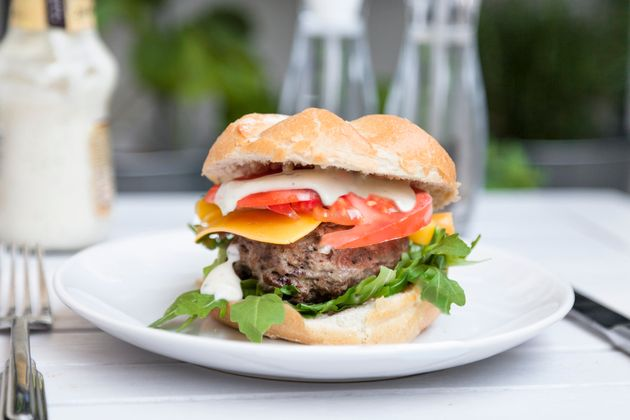 Beware Of The Rare Burger: Food Poisoning Warning Issued On National Burger