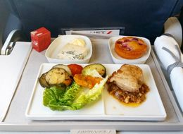 Instagram Account 'InFlight Feed' Reveals The Best And Worst Aeroplane Food In The World